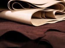 Livraison de cuir et peaux en Italie pour une présentation de mode