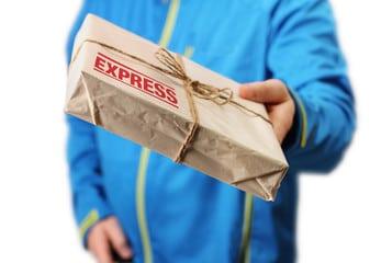 Coursier express, livraison d'un colis urgent