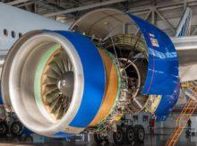 Transport urgent d'un moteur d'avion pour un show aéronautique